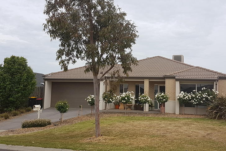 10 Seton Way, Bacchus Marsh 3340, VIC House Photo