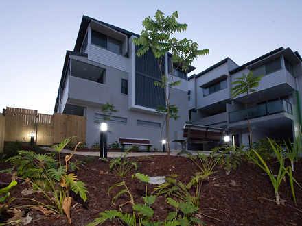 2/100 Glenlyon Street, Gladstone Central 4680, QLD Townhouse Photo