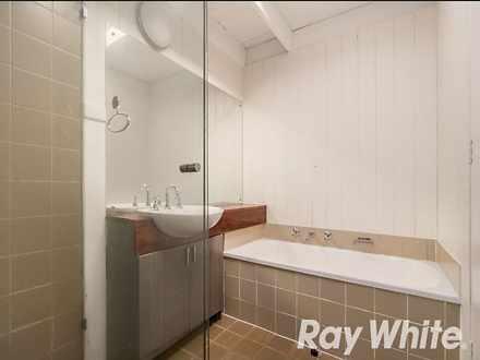 9e4ba8582a06e4bc28f4155e 7307 bathroom 1617174912 thumbnail