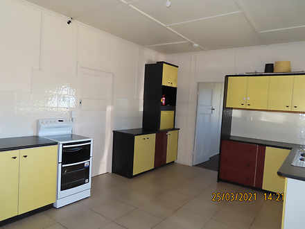 Eb40a515f71b881aacd65eef 11245 kitchen2 1617253985 thumbnail