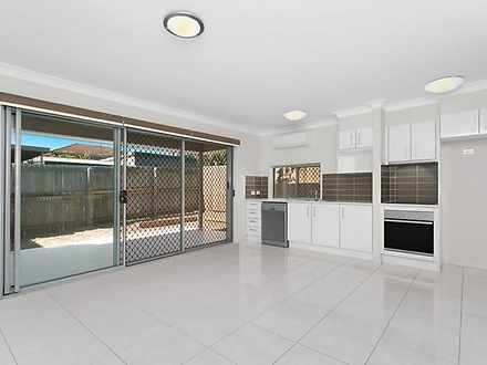 2/20 Worthing Street, Wynnum 4178, QLD Townhouse Photo