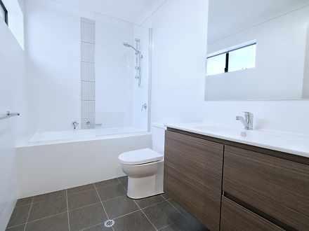 Fd83e3d23ba4fc413e4de1df mydimport 1607852099 hires.27401 bathroom 1617602705 thumbnail