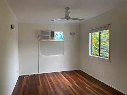Living area 1 1617675987 thumbnail