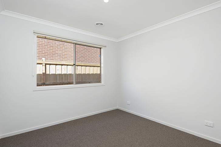 42 Merrin Circuit, Clyde North 3978, VIC House Photo