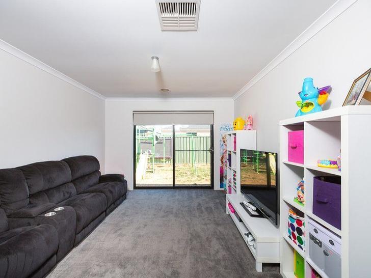 4 Aurora Place, Epsom 3551, VIC House Photo