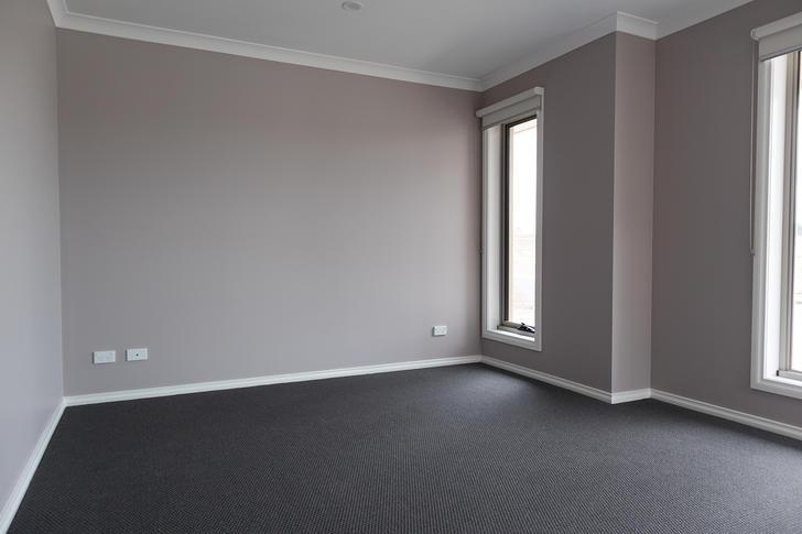 33 Brossard Road, Mickleham 3064, VIC House Photo