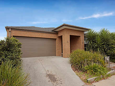 4 Embleton Avenue, Tarneit 3029, VIC House Photo