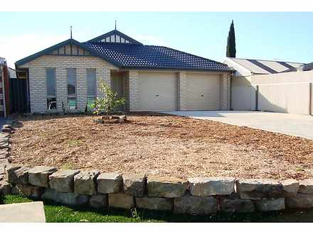 32 Camelot Drive, Blakeview 5114, SA House Photo
