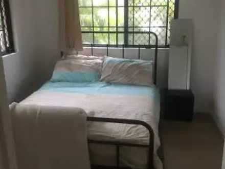 05c3436bd6cb2ecebb63d826 12483 bedroom2 1617783124 thumbnail