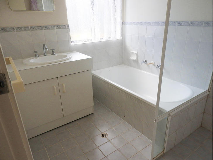 2A Bennett Close, Aberfoyle Park 5159, SA House Photo