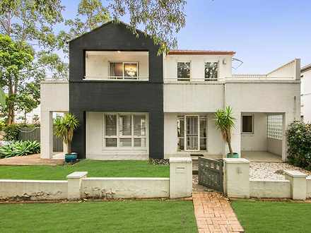 2 Roxburgh Crescent, Stanhope Gardens 2768, NSW House Photo
