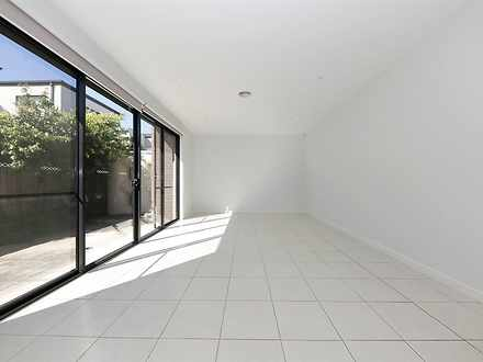 2/3 Renown Street, Burwood 3125, VIC Townhouse Photo