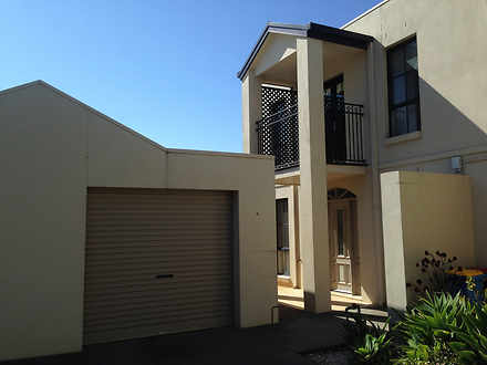 4/218 Fryers Street, Shepparton 3630, VIC Townhouse Photo