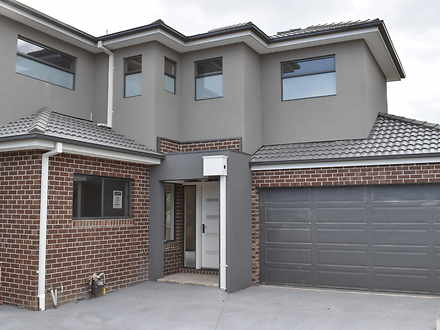2/2 St Leger Place, Epping 3076, VIC Townhouse Photo