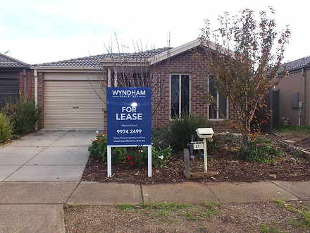 31 Weavers Street, Manor Lakes 3024, VIC House Photo