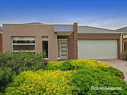 7 Whatmough Street, Caroline Springs 3023, VIC House Photo