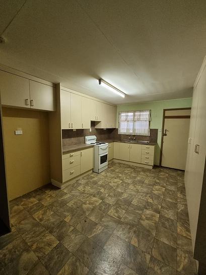 1/65 Littlefield Street, Blackwater 4717, QLD Unit Photo