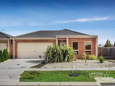 16 Galeff Avenue, Truganina 3029, VIC House Photo