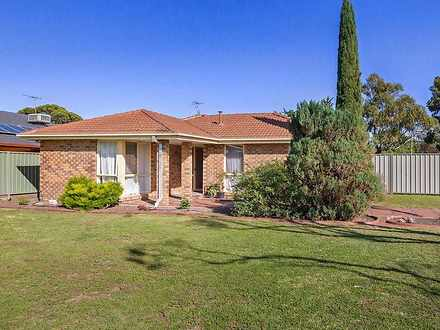 11 Angourie Crescent, Taylors Lakes 3038, VIC House Photo
