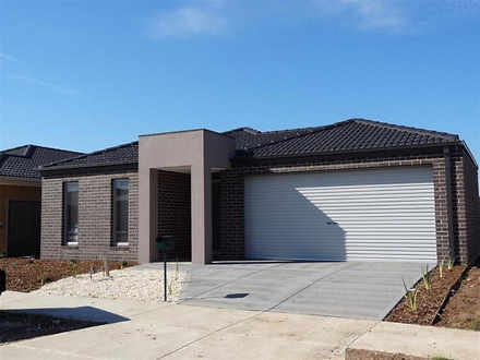 17 Palace Road, Point Cook 3030, VIC House Photo