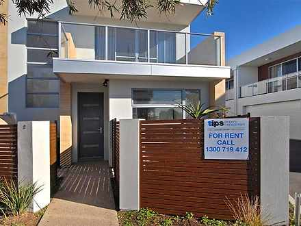 2/5 Patawalonga Frontage, Glenelg North 5045, SA Townhouse Photo