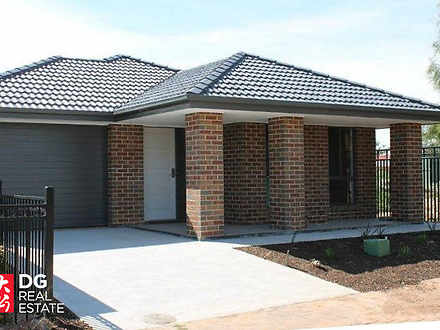 8 Featherstone Street, Smithfield Plains 5114, SA House Photo