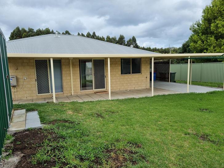 23 Vivian Crescent, Lockyer 6330, WA House Photo