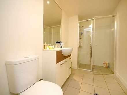 E64b9a1bcbcde56f992b7f0a mydimport 1617711244 hires.3806 bathroom 1618364850 thumbnail