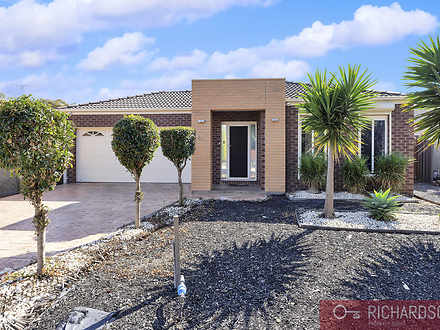 42 Clearwater Rise Parade, Truganina 3029, VIC House Photo