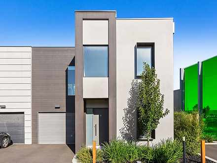 9/47 Waterhaven Blvd, Point Cook 3030, VIC Townhouse Photo