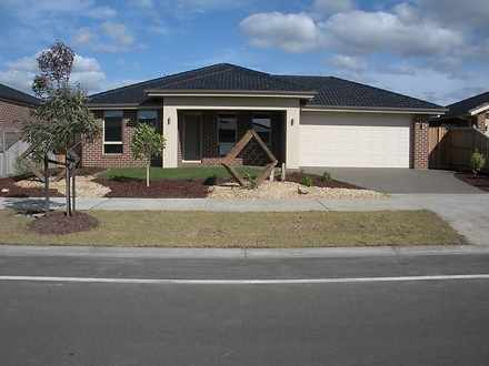 79 Thunderbolt Drive, Cranbourne East 3977, VIC House Photo