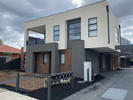 1/18 Rufus Street, Epping 3076, VIC Townhouse Photo