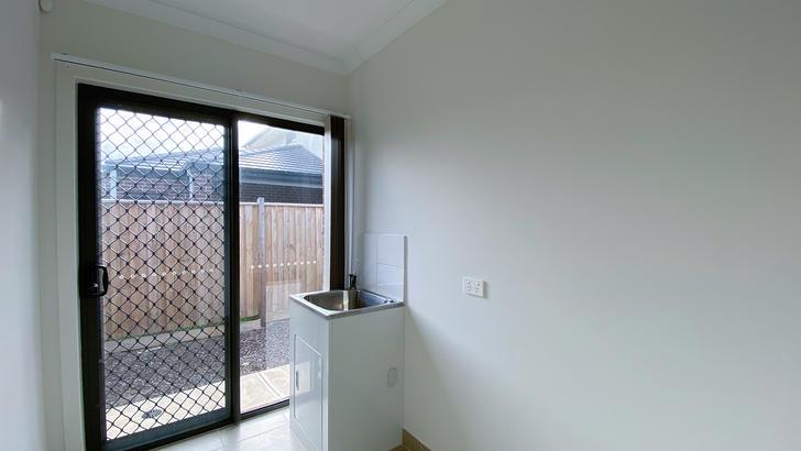 11 Winscombe Road, Werribee 3030, VIC House Photo