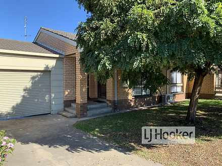 UNIT 2/2 Canal Road, Paynesville 3880, VIC Unit Photo