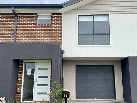 73 Barossa Drive, Clyde North 3978, VIC Townhouse Photo
