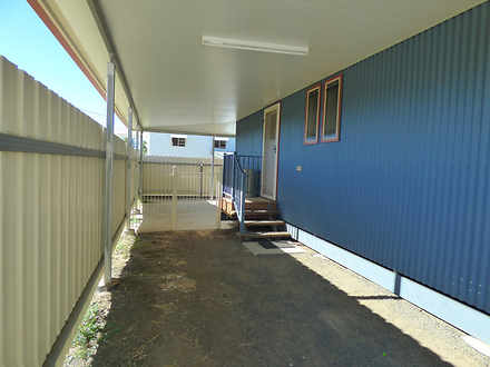 1/10 Quintin Street, Roma 4455, QLD Duplex_semi Photo