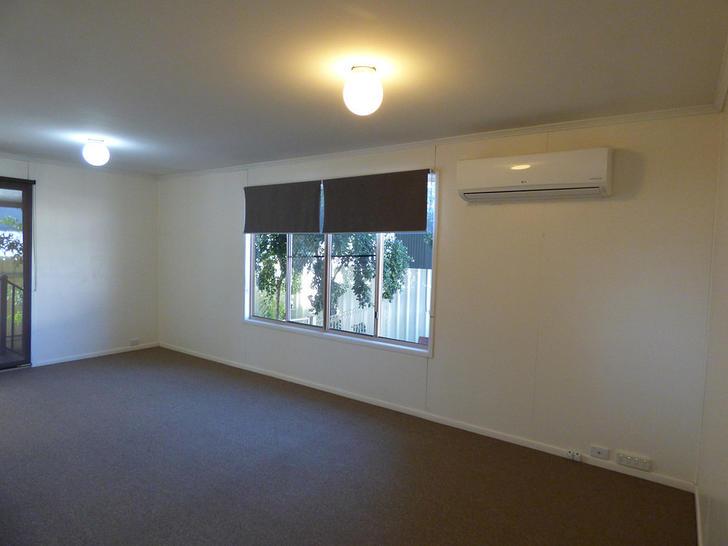 1/10 Quintin Street, Roma 4455, QLD Duplex_semi Photo