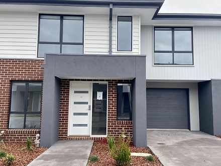 16 Malbec Place, Clyde North 3978, VIC Townhouse Photo