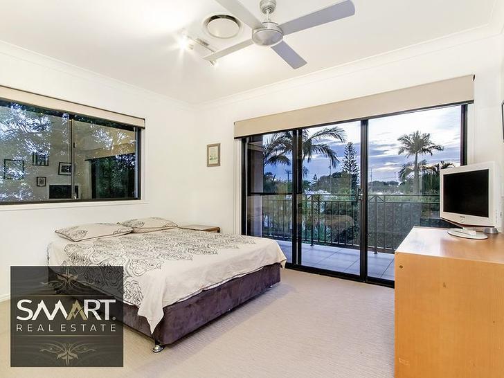 53 Amalfi Drive, Isle Of Capri 4217, QLD House Photo