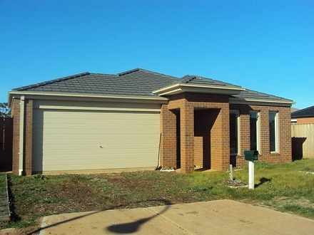 16 Barleygrass Crescent, Brookfield 3338, VIC House Photo