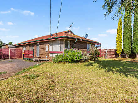 2 Sturt Road, Melton South 3338, VIC House Photo