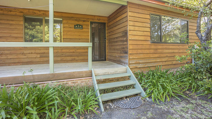 10 Centre Street, Lake Tabourie 2539, NSW House Photo