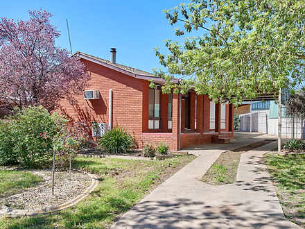 6 Simpson Avenue, Forest Hill 2651, NSW House Photo