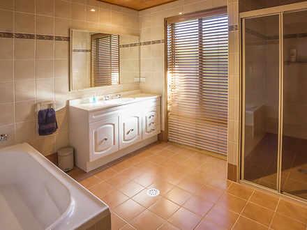 0c78307423de9c5e7cd1351e 20957 bathroom 1618892151 thumbnail