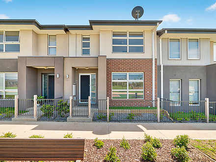 14 Honeybrook Lane, Clyde North 3978, VIC Townhouse Photo