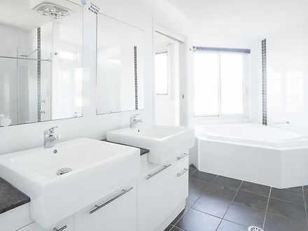 7394a96d5efd8e71d15b40bf 7029 bathroom1 1618895693 thumbnail