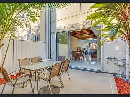 47 South Bay Drive, Varsity Lakes 4227, QLD Townhouse Photo
