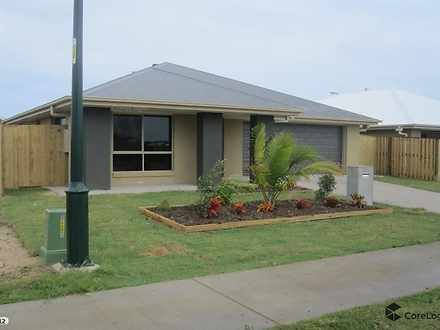 17 Trinity Parade, Blacks Beach 4740, QLD House Photo