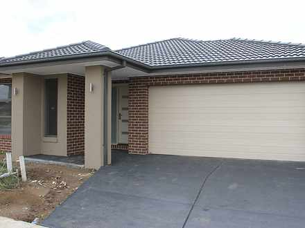 81 Castillo Avenue, Clyde North 3978, VIC House Photo