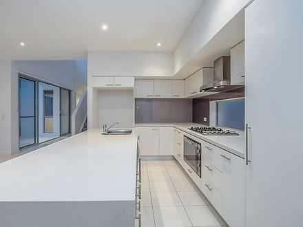 71b kitchen 1619084149 thumbnail